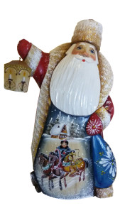 CK_ish18004 Traditionally hand carved of wood from linden tree and hand painted Santa Claus (23cm)