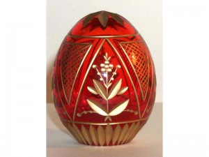 M59R0 Faberge styled crystal egg is hand engraved and covered with gold (sizes: 10cm, 8cm, 6cm), colours: blue, red,green, transparent