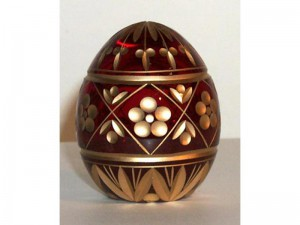 M89r0 Faberge styled crystal egg is hand engraved and covered with gold (sizes: 10cm, 8cm, 6cm), colours: blue, red,green, transparent